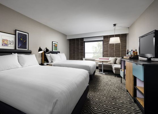 Freepoint Hotel Cambridge, Tapestry Collection, Cambridge Accessible Deluxe Two Queen Room